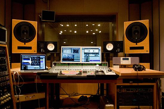 神戸・新長田のレコーディング・スタジオ STUDIO UMIStudio Recordingスタジオ利用料金スタジオレコーディングBEACH STUDIOがオープン!充実したStudio UMIの遊び道具!バックアップ料金キャンセルについてMenu神戸新長田のレコーディングスタジオ
